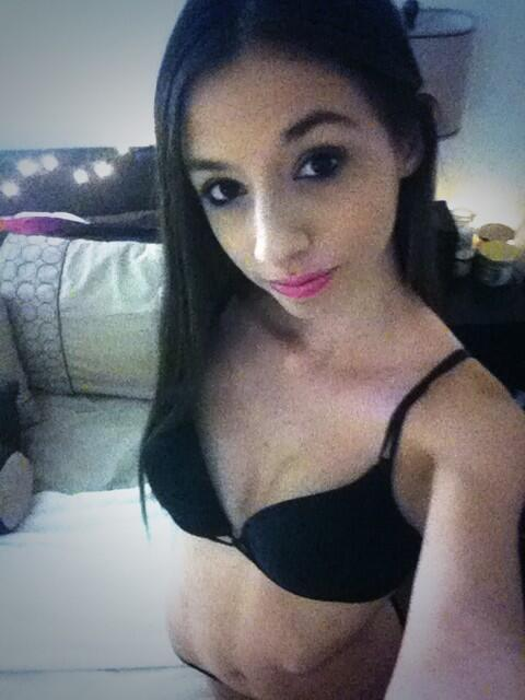 olivia young cam